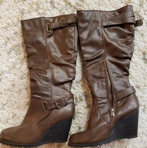Jasmine Shoes - Brown wedge boots